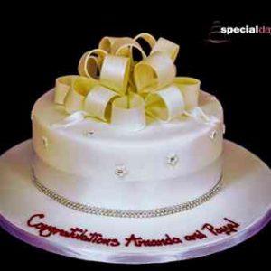 Diamanté Round Cake